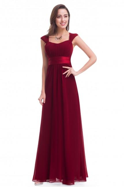 Кокетна дълга официална рокля в бордо (R9970)