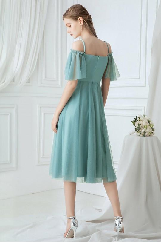 Нежна тюлена официална рокля с дантелени апликации и паднали рамене (RO99120)