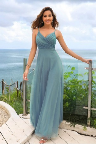 Грациозна официална рокля с тънки презрамки в цвят dusty blue (RO99050)
