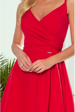 """Дълга официална рокля тип """"прегърни ме"""" с цепка в червено (RO99146)"""