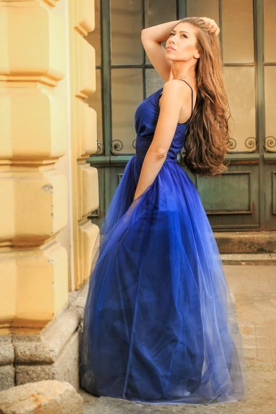 Вълшебна дълга официална тюлена рокля с омбре ефект в тъмно синьо (RO99175)