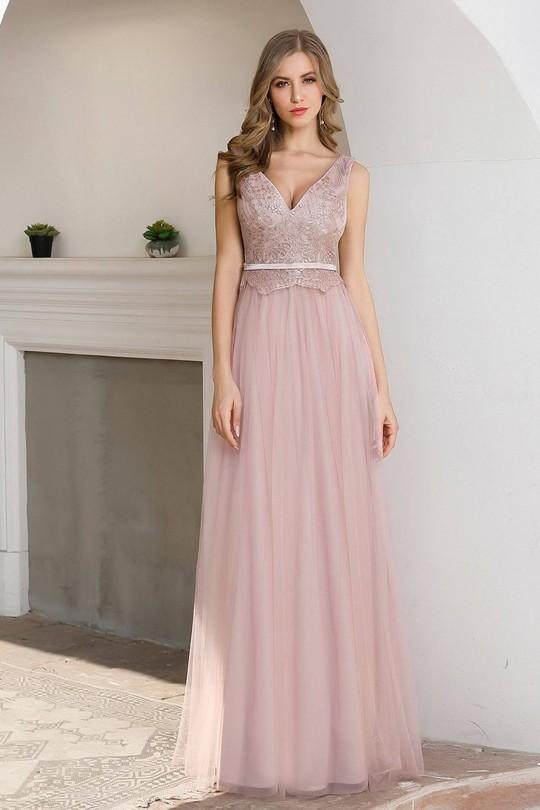 Очарователна официална рокля в бледо розово с V-образно деколте (RO99178)