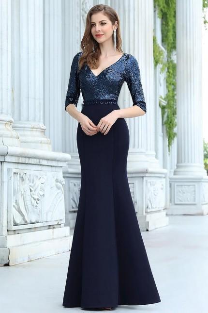 Официална рокля тип русалка с пайетена горна част и ръкави (RO99211)