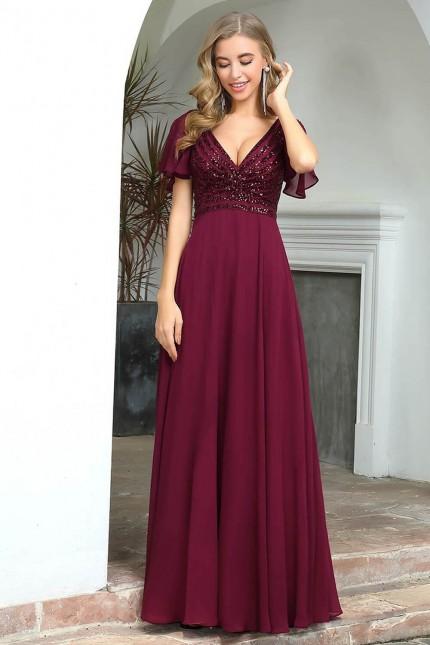 Дълга официална рокля с красива пайетена горна част и къси ръкави (RO99215)