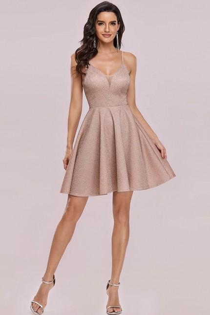 Кокетна къса официална рокля в светло бежово (RO99261)