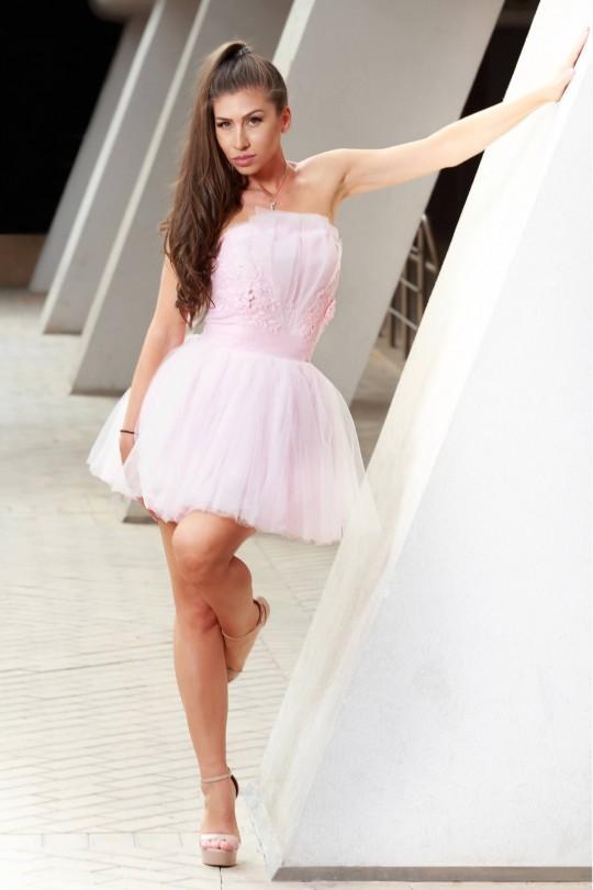 Кокетна къса официална рокля в бледо розово (RO99173)