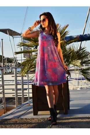 Къса лятна рокля в нежен десен на цветя (R9660)
