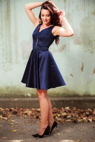 Официална рокля в тъмно синьо със сатенена пола (RO99072)