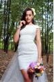 Къса сватбена рокля със самостоятелен тюлен шлейф (RO99070)