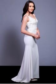Елегантна сватбена рокля по тялото с къс шлейф (RO99137)